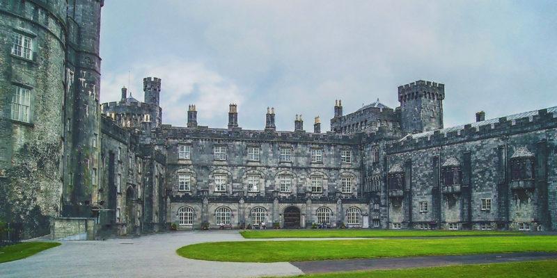 Irlanda: un destino académico rico en patrimonio cultural